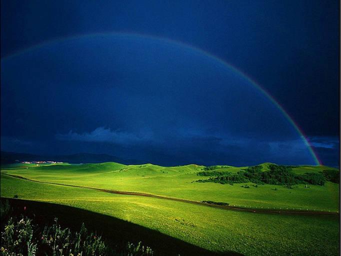 坝上风景,彩虹和夜间的繁星银河是常见的风景