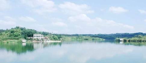 yoyopark儿童游乐园和泸州凤凰湖哪个更好玩