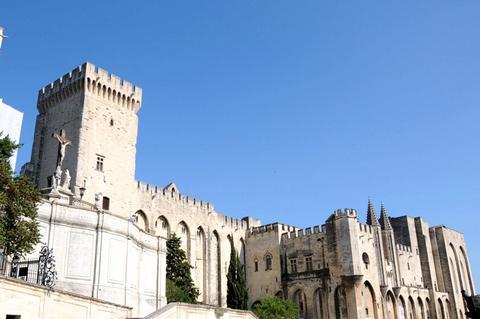 教皇宫 --%好评率0人点评 曾经的教皇宫殿,如今的博物馆,阿维尼翁戏剧图片