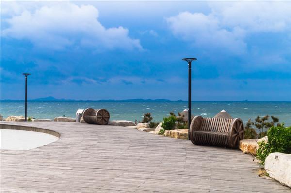 山东烟台青岛,威海养马岛,大连金石滩6日双飞跟团游