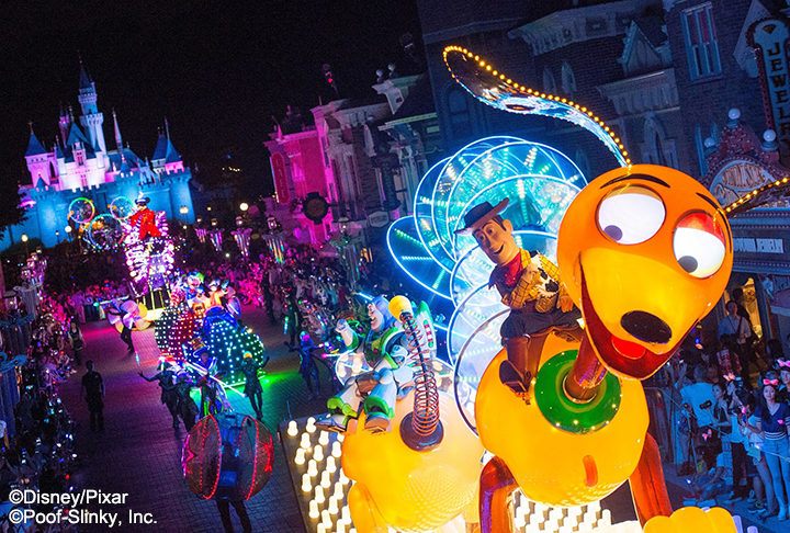 香港-香港迪士尼乐园-迪士尼光影汇©香港迪士尼乐园