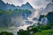 德天大瀑布-通灵大峡谷2日游,大美观德天 山水秀通灵 《花千骨》取景之地,赠送每人每在一瓶水