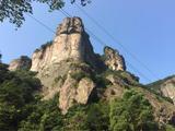 雁荡山三绝 、 黄岩石窟 、龙川峡大瀑布、 激情皮筏漂流巴士3日游(经典全景品质)
