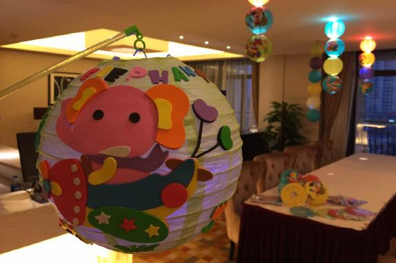 水世界 手工创意灯笼制作 亲子运动会 亲子营养晚餐 温泉礼包 活动