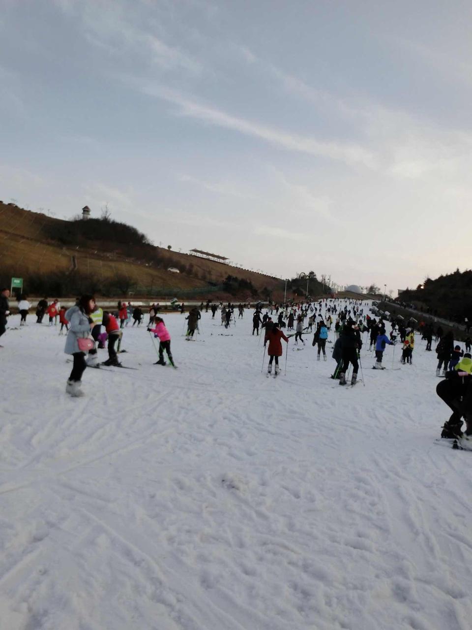 房型 含双早 江南天池滑雪 日场1小时 江南天池景区门票 日场图片