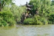 【乘着春风下扬州,去瘦西湖赴一场春的盛宴】住1晚扬州高星酒店7选1+游览瘦西湖风景区+免费游东关街、宋夹城