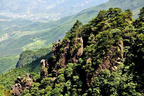 吉安安福武功山旅游攻略  景点地址:江西省安福县泰山乡文家村