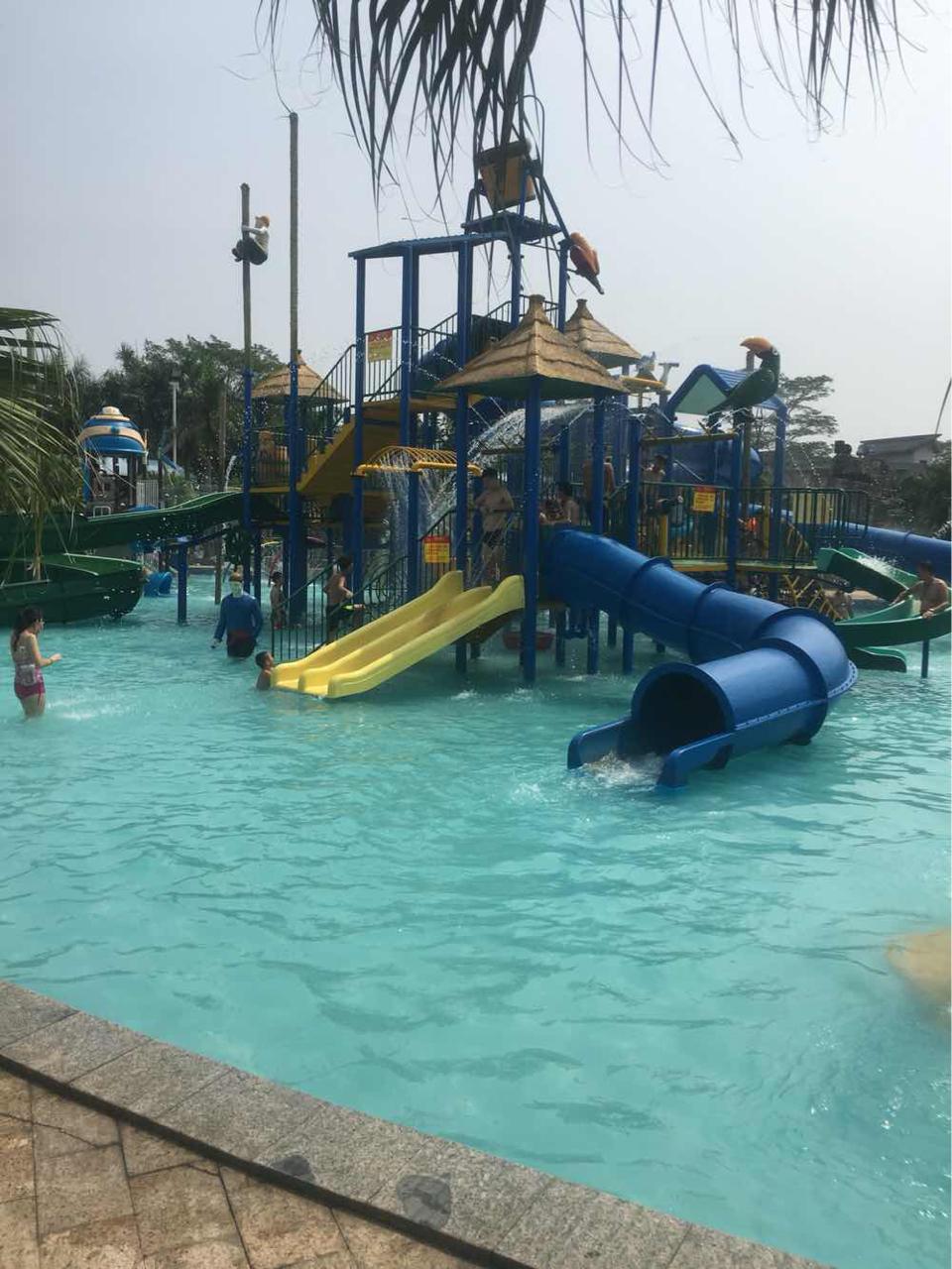 金水台太阳岛水上乐园