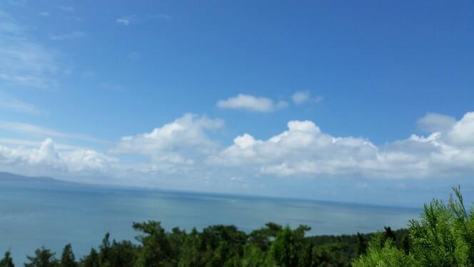 长岛的景点非常美,特别是峰山林海很值得一去.