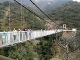 清远牛鱼嘴森林、高空玻璃桥、北江游船1日游([挑战高空]含玻璃桥门票)